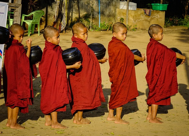 The Supremacy of the Buddha and theSangha